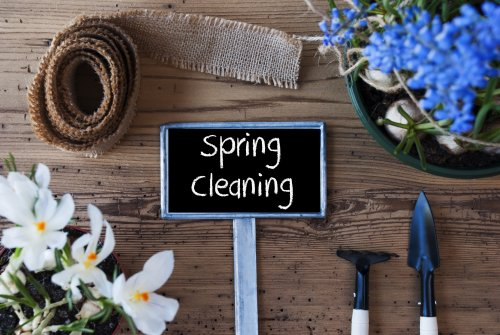 Easy Spring cleaning tips. Florida.