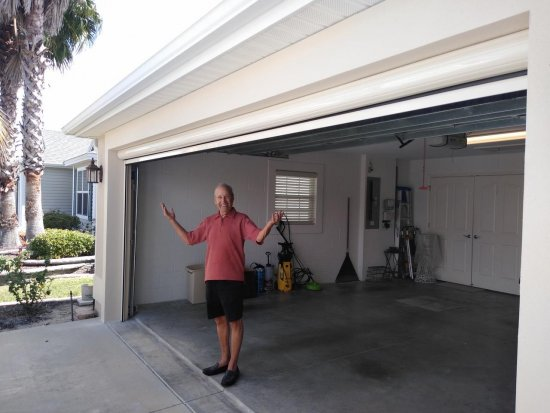 Retractable screens lower energy bill in Florida. Ocala Florida