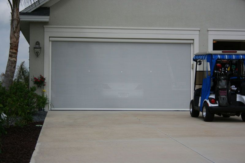 Electric Roll-Up Screens